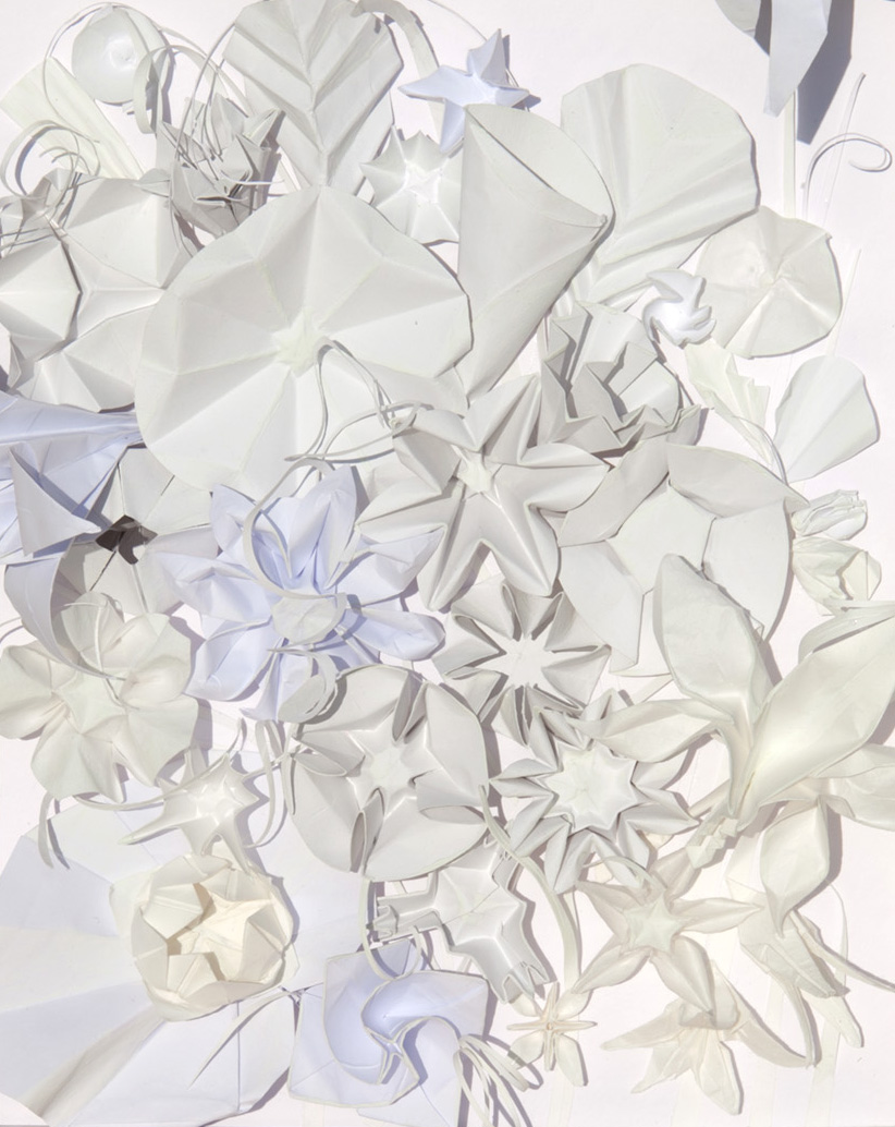 kunstreiche Blütenmeer Papierarbeit mit Nachtleuchtfarbe