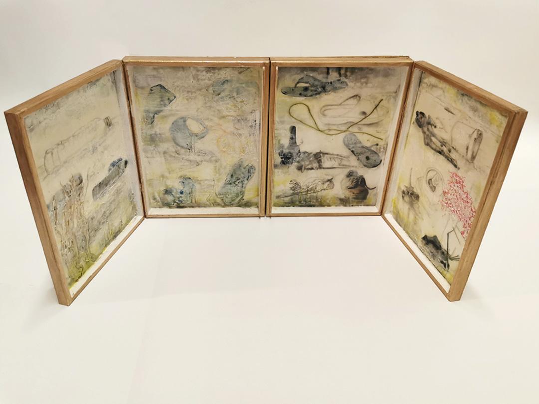 kunstreiche Reisealtar | 34x51x5 cm Holzboxen mit Deckel auf MDF Platte, Enkaustik, Metallpigment